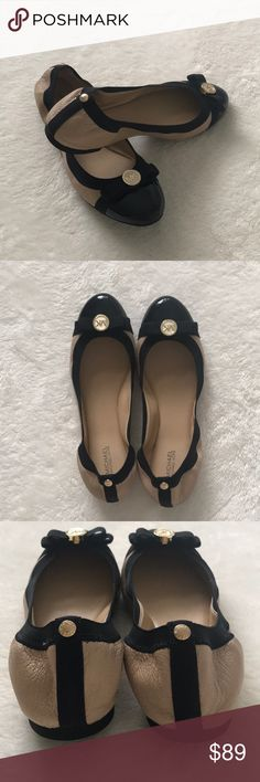 Michael Kors nude/black Dixie ballet flats LIKE NEW! Only worn once and zero signs of wear. These are nude leather with black patent cap toes featuring a black bow and gold circle MK logo. The tops are elastic for a tighter fit. With box! Michael Kors Shoes Flats & Loafers