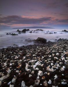 Kahoʻolawe, Hawaii #hawaii #hawaiianIslands   www.waiakeasprings.com