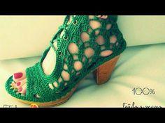 ZAPATO TEJIDO EN CROCHET - MODELO SALOMON - YouTube Crochet Boots Pattern, Shoe Pattern, Knit Shoes, Crochet Shoes, Make Your Own Shoes, Crochet Flip Flops, Shoe Refashion, Crochet Barefoot Sandals, Spring Boots
