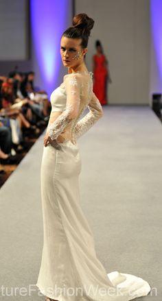 Sai Suman Couture Fashion Week New York Spring Collection 2013 กูตูร์ แฟชั่น วีค นิวยอร์ก สปริง คอลเลคชั่น 2013 #FashionWeek #Fashion #Couture #saisuman  #Style #Women #Designer #Model #Dress #กูตูร์ #แฟชั่นวีค #สปริงคอลเลคชั่น #นิวยอร์ก