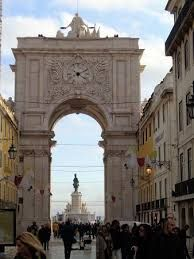 Resultado de imagen de miradouro do arco da rua augusta lisboa Big Ben, Travel, Lisbon, Arch, Viajes, Destinations, Traveling, Trips