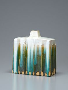 "Ken Matsuzaki, REctangular vase, oribe glaze, 10.25 x 10 x 5"" Love the colours..."