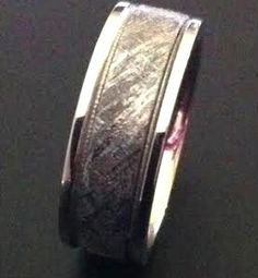 Meteorite inside milgrain lined in white gold. Cobalt, Gibeon Meteorite, Custom Made Engagement Rings, Gents Ring, Ring Crafts, Unique Rings, Rings For Men, Silver Rings, White Gold