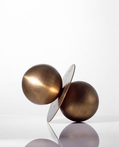 metalepsisprojects: more michele reginaldi Sculpture Metal, Abstract Sculpture, Artistic Installation, Small Sculptures, Tecno, Texture Art, Art Object, Oeuvre D'art, Decorative Objects