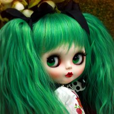 blythe - so adorable.