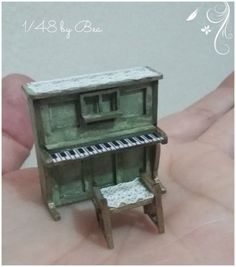 1-48-dollshouse-miniatures-scale-piano-hand-painted-french-style-This-listing-i