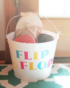 DIY Family Flip Flops Bucket