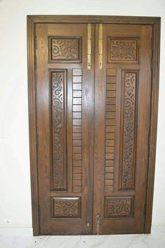 Home Door Design, Wooden Main Door Design, Double Door Design, Pooja Room Door Design, Door Design Interior, Room Design Bedroom, Modern Wooden Doors, Wood Doors, Wooden Sofa Set Designs