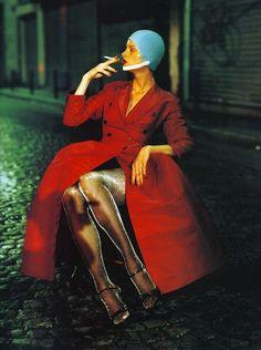 'Paris en Couleurs' Kristen McMenamy by Paolo Roversi (1994)