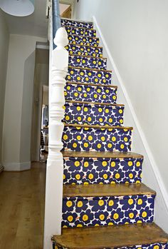 Marimekko Stairs - Step by step tutorial on how to wallpaper your stairs.
