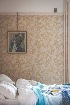 This oriental wallpaper design and has been inspired by a metallic print found in Kyoto.