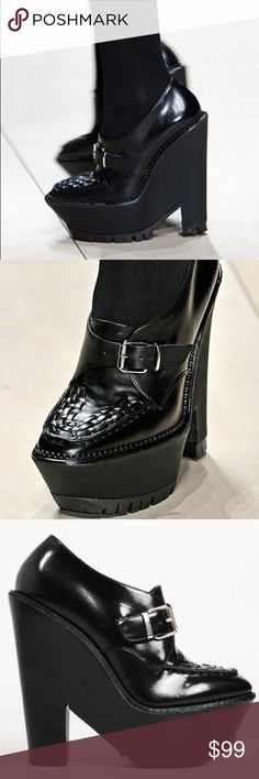 828142a909 BURBERRY Anglesey Prorsum Platform Booties SZ 36 RETAILS FOR $950. GREAT  DEAL! NEW,
