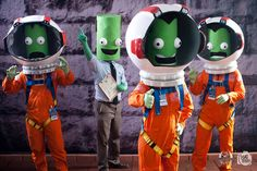 My friends and I went to Dragon Con as Kerbals (x-post /r/kerbalspaceprogram)