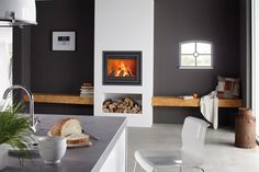 Instyle 700 EA is a 70 cm wide wood fire from the Dik Geurts range. Installed in fireplace or chimneybreast, it is available in a variety of stylish frames New Living Room, Living Room Modern, Small Living, Home And Living, Home Fireplace, Fireplace Design, Fireplaces, Minimalist Fireplace, Coffee Bar Home