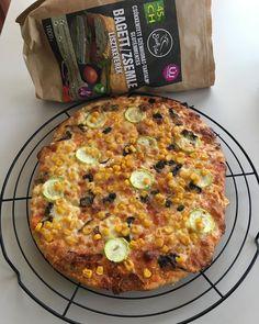 Ch. cs. pizza Hawaiian Pizza, Vegetable Pizza, Vegetables, Food, Essen, Vegetable Recipes, Meals, Yemek, Veggies