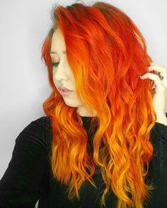 WEBSTA @ taylorrae_hair - #selfiesaturdayI'm in LOVE , my hair is #haironfleek thanks to @hairbychristiana