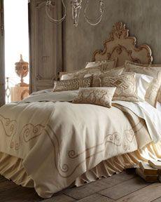 """""""Athena"""" Bedding"""