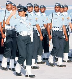Indian Air Force Best Army, Indian Air Force, Female Soldier, Indian Army, Real Hero, Soldiers, Military, Inspirational, Quotes