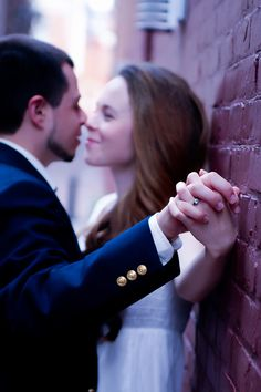 Engagement Photos (show the ring)