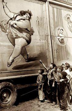 Картинки по запросу old circus foto