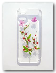 Handmade iPhone 5/5S case Resin with Real Flowers by Beautyjojo