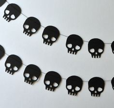 Skull Paper Garlands - DIY Paper Halloween Decorations - Photos