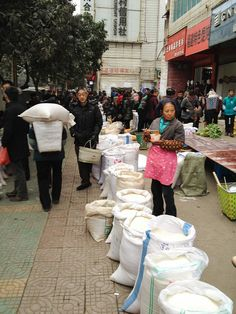 Rice market in China by IFPRI-IMAGES, via Flickr