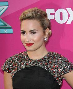 Demi Lovato X Factor. She looks beautiful like always :)