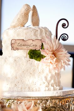 Anna and Spencer Photography, Wedding cake with swirl icing pattern. Book page paper bird cake toppers. Paper mache bird cake topper. Addy B's Cakes.