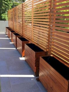 68 Simple DIY Backyard Privacy Fence Design Ideas - Page 58 of 66 Cheap Privacy Fence, Privacy Fence Landscaping, Privacy Fence Designs, Garden Privacy, Outdoor Privacy, Diy Fence, Backyard Fences, Privacy Walls, Pergola Patio