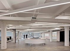 HAO  studio AHs flexible office in new york allows changing spatial configurations | Netfloor USA