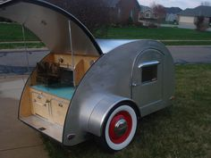 I want a teardrop trailer SO BAD!!!***Research for possible future project.