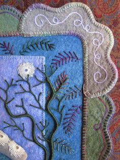 Such lovely wool felt embroidery - Wool Embroidery, Embroidery Stitches, Embroidery Patterns, Felted Wool Crafts, Felt Crafts, Wool Quilts, Wool Art, Felt Applique, Fabric Art