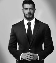 Dapper Formal Outfit Ideas To Look Sharp For Men 36 Mode Masculine, Formal Men Outfit, Handsome Faces, Handsome Man, Muscular Men, Suit And Tie, Well Dressed Men, Attractive Men, Jacket Style