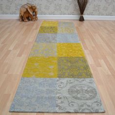 Louis de poortere hallway runners vintage 8084 yellow buy online from the rug seller uk