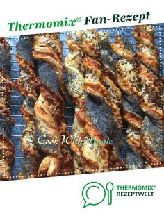 Knusperstangen von CookWithMagic. Ein Thermomix ® Rezept aus der Kategorie Backen herzhaft auf www.rezeptwelt.de, der Thermomix ® Community.