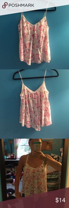 American Eagle Floral Tank Spaghetti strap tank in great condition, never worn, has a built-in bra American Eagle Outfitters Tops Tank Tops
