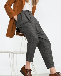 stitch fix outfits Business Casual Outfits, Office Outfits, New Outfits, Fashion Outfits, Lesbian Outfits, Mode Simple, Business Mode, Checked Trousers, Minimal Fashion