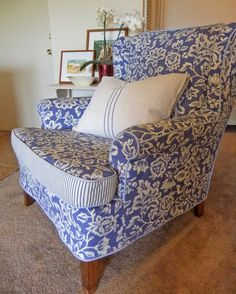 Cotton linen slipcover with welt cord by Karen Powell.
