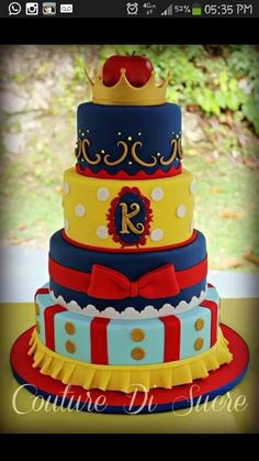 Snow White Cake! Awesome!