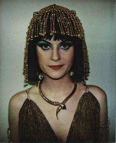 Amy Poehler being Cleopatra during a makeup test with the Upright Citizen Brigade
