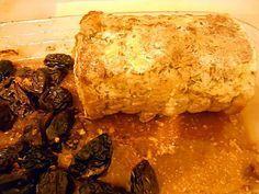 La meilleure recette de RÔTI DE PORC AU PRUNEAUX ET PORTO Ingrédients: 1 beau rôti de porc 1 verre de Porto 12 pruneaux d'Agen 2 échalotes 3 cuillères à soupe de crème fraîche 1 cuillère à soupe de moutarde cannelle,