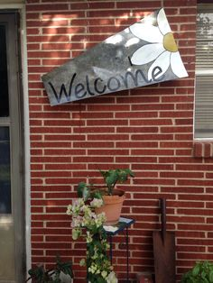 Metal welcome sign Windmill Clock, Windmill Blades, Windmill Wall Decor, Windmill Decor, Fall Projects, Diy Projects, Big Beautiful Houses, Metal Welcome Sign, Diy Concrete Countertops