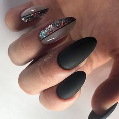 Latest Photographs Toe Nail Art with gems Concepts Normally when we believe involving toes, the world thinks they're dirty and indeed never the prett G Nails, Gelish Nails, Matte Nails, Black Nails, Pink Nails, Hair And Nails, Acrylic Nails, Deer Nails, Fabulous Nails