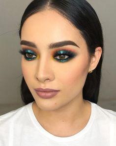 Makeup 101 Cute Makeup Glam Makeup Makeup Dupes Makeup Goals Makeup Trends Makeup Inspo Beauty Makeup Beauty Tips 101 Gorgeous Makeup, Love Makeup, Makeup Inspo, Makeup Inspiration, Makeup Ideas, Awesome Makeup, Green Makeup, Gorgeous Gorgeous, Pretty Makeup