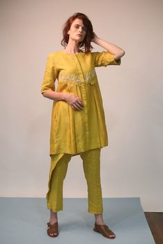 Indian Attire, Indian Wear, Short Frocks, Ritu Kumar, Indian Look, Ethnic Design, Western Wear, Kurtis, Indian Dresses