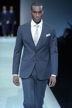 Love this color year round! Armani Suits, Armani Men, Sharp Dressed Man, Well Dressed Men, Giorgio Armani, Only Fashion, Mens Fashion, Hugo Boss Man, Mens Style Guide
