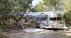 Caravan Silverfield, inspired green, placed in its perfect setting @puntalacampingresort - naturalifestyle!