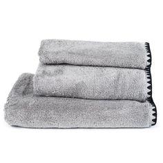 Serviette de toilette en coton éponge gris Issey Harmony