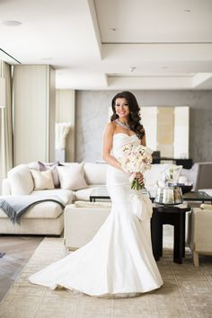 #FSBrides love our spacious suites to get ready for their big day. | Photography: Ikonica | #fourseasons #Toronto #weddings #fsweddings #bridal #springwedding #spring